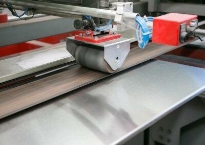 Wir schleifen Ihre Werkstücke - Metallverarbeitung von Koch GmbH & Co. KG